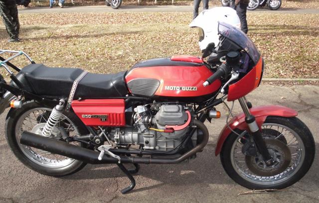 モトグッチのルマン850